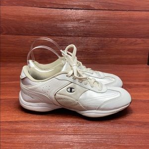 Champion leather sneakers walking / fitness 6.5